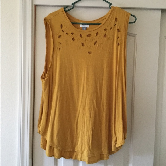 Old Navy sleeveless tank in a mustard color